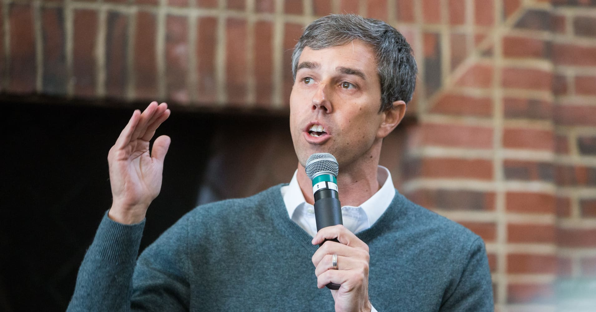 2020 hopeful Beto O'Rourke says he'd rather see Big Tech regulated than broken up