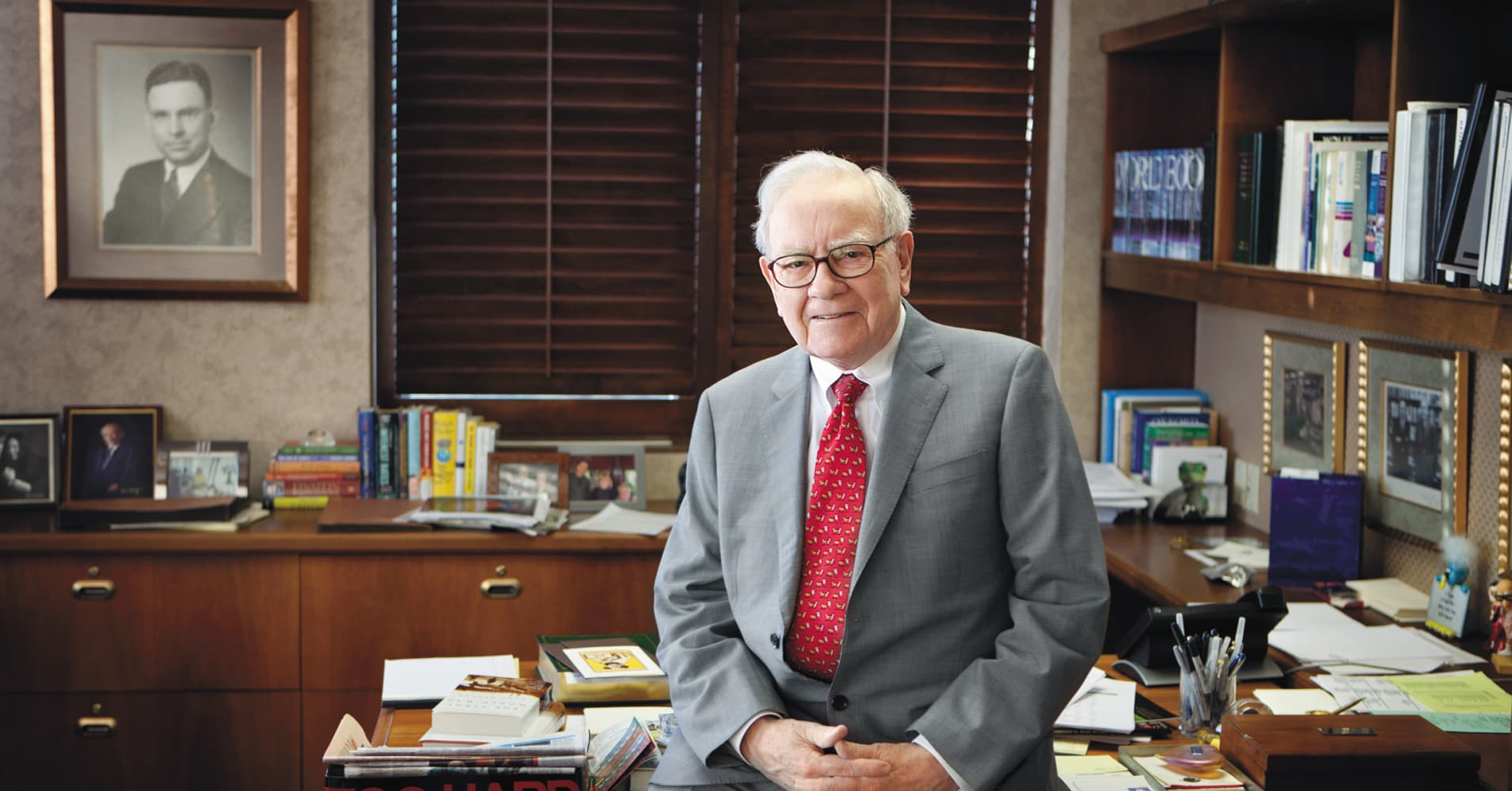 Warren Buffett wants young people to know: Ignoring this is like 'leaving a car out in hailstorms'