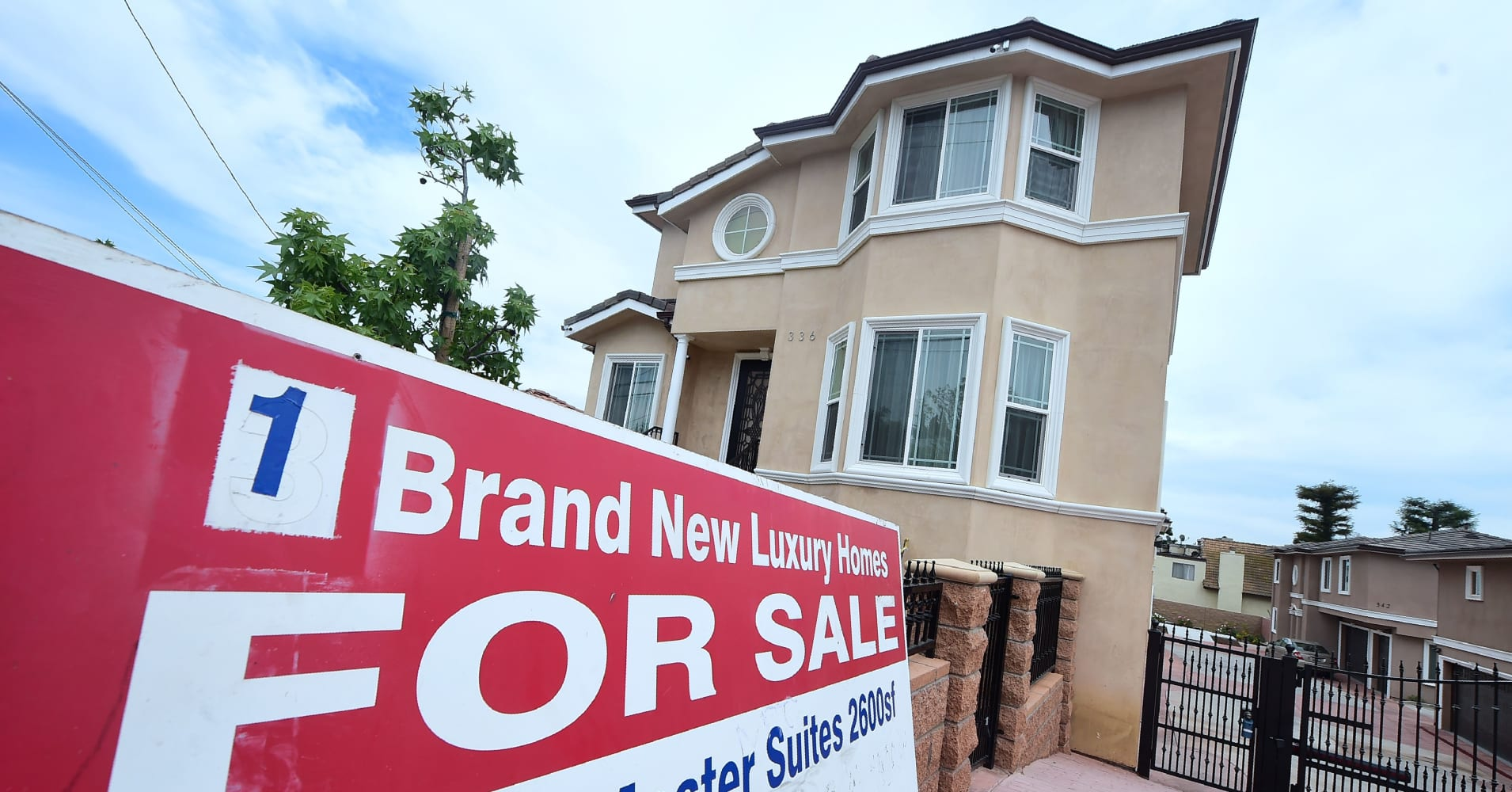 cnbc.com - Diana Olick - Mortgage rates are breaking to new lower territory, and they could stay there for months