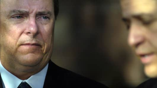 Former Enron CEO Jeffrey Skilling wants back into the energy business