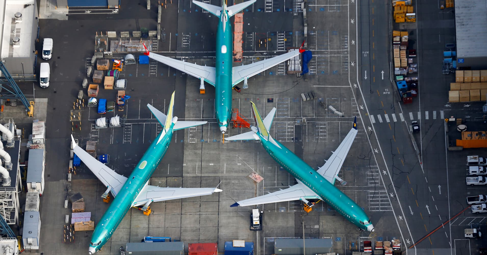 Here's how to make sure your summer travel plans aren't ruined by 737 Max flight cancellations