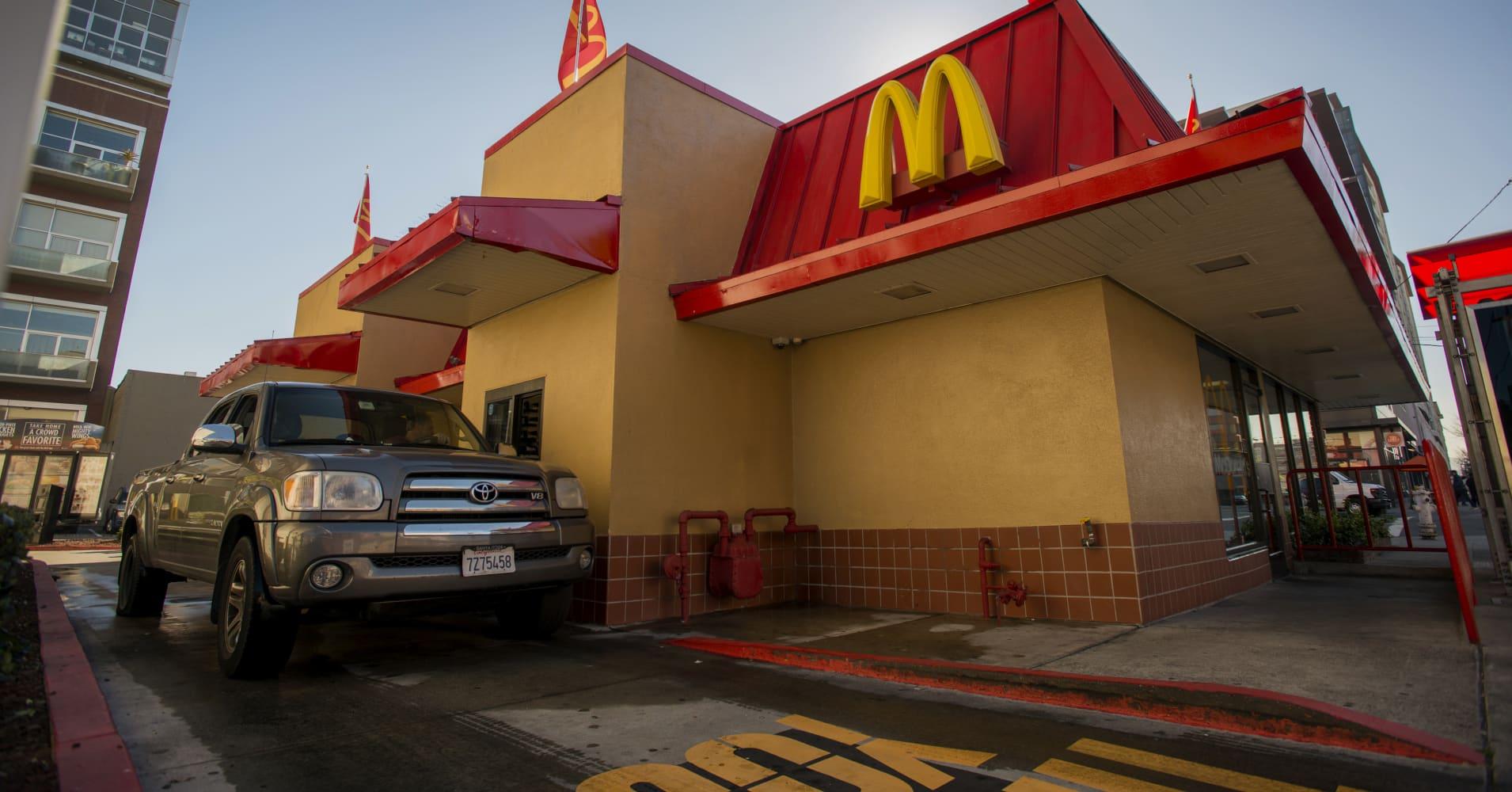 McDonald's announces acquisition to personalize the drive thru