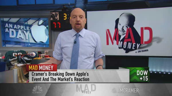 Apple Day was a game changer for its customers, not Wall Street, Jim Cramer says
