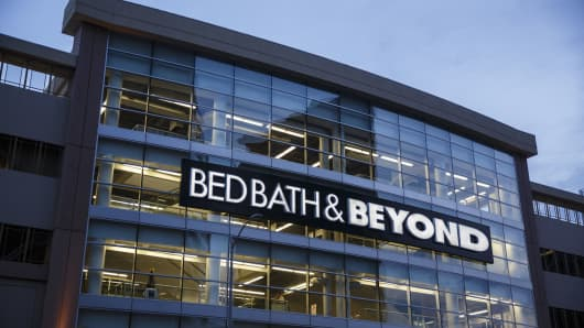 Remarkable Bed Bath Beyond Soars After Activists Prepare To Try To Machost Co Dining Chair Design Ideas Machostcouk