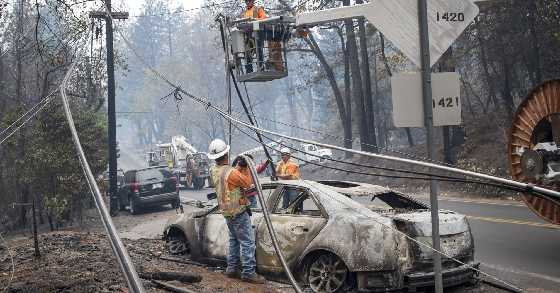 AT&T, hit by higher natural disaster costs, unveils 30-year climate change model