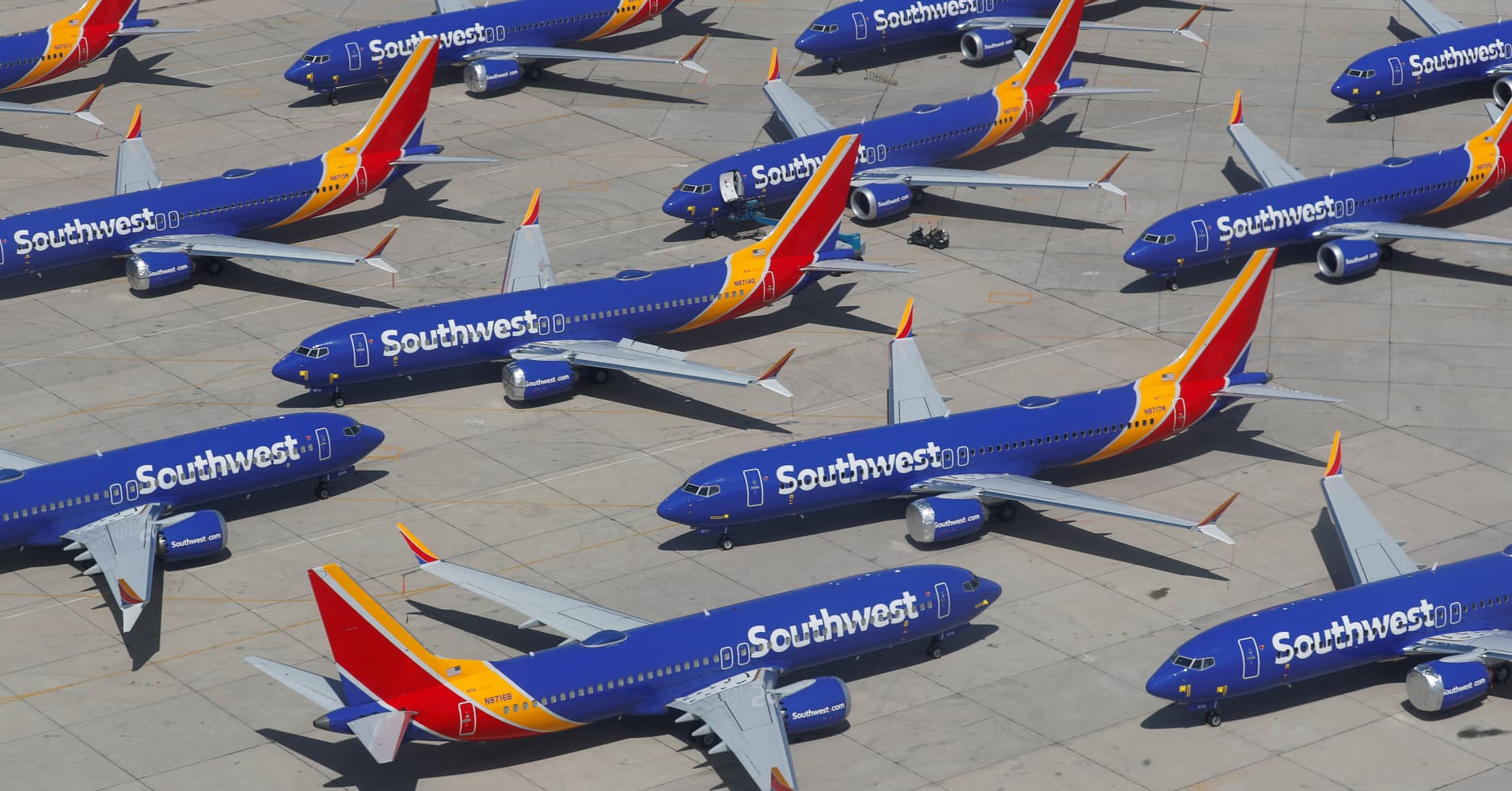 Southwest cuts revenue outlook on Boeing 737 Max groundings