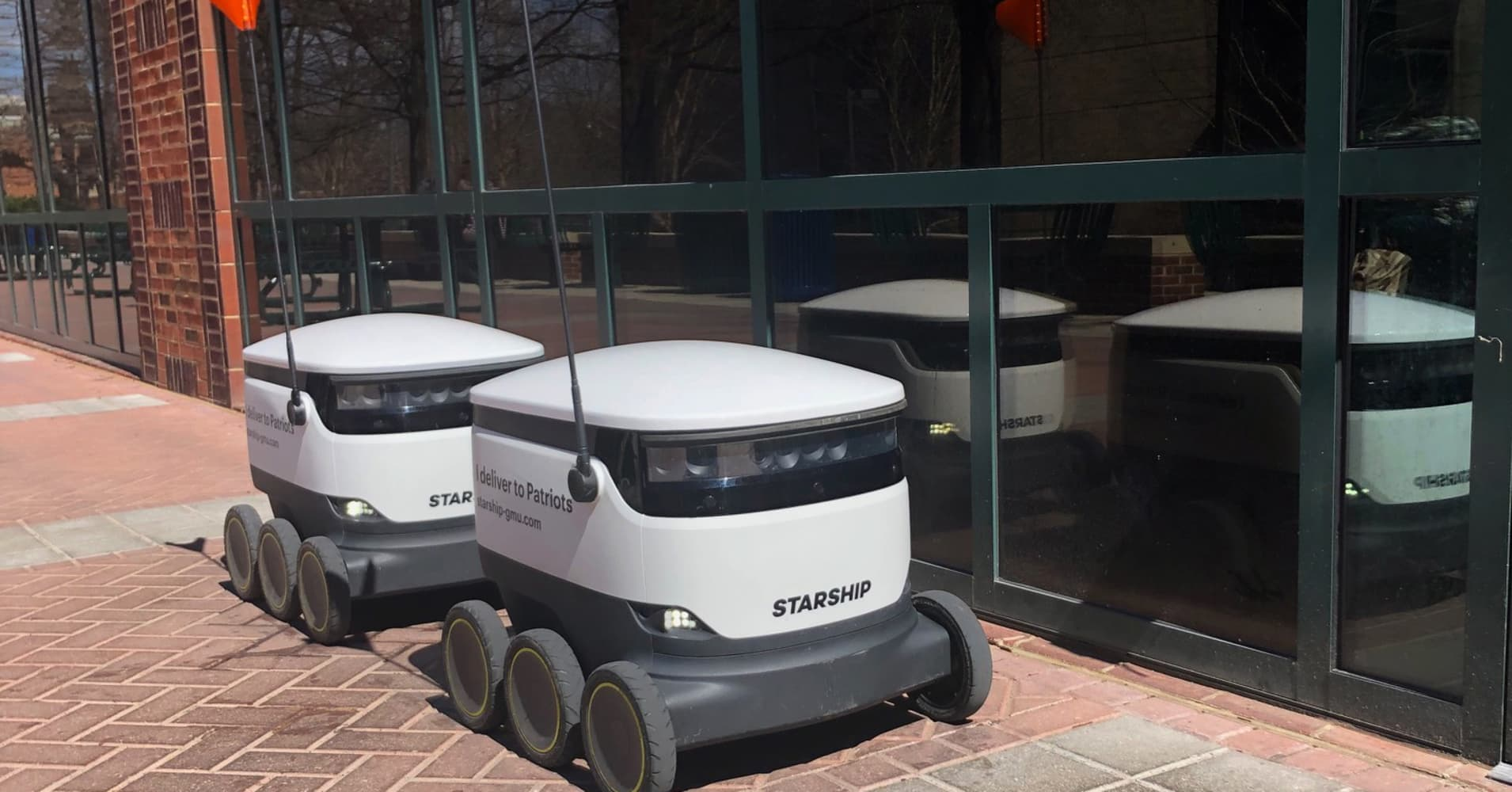Robot food delivery service expands at George Mason University