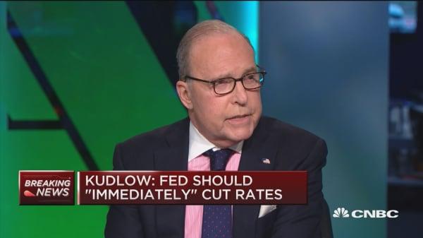 White House economic advisor Kudlow says Fed should cut rates: report