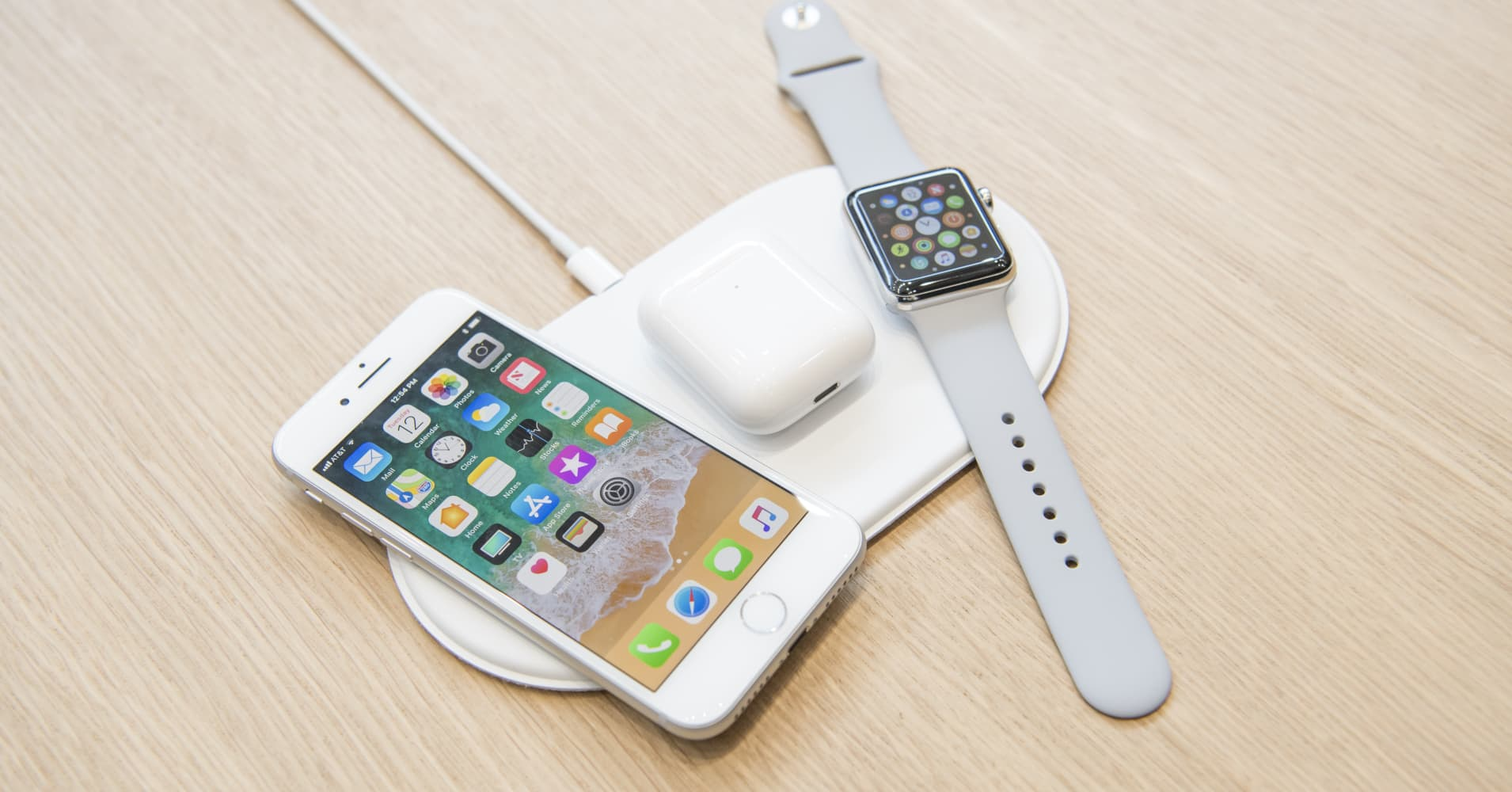 Apple cancels AirPower, the wireless charging pad it announced over a year ago
