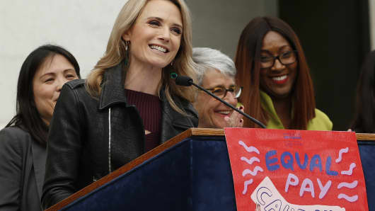 California first partner, Jennifer Siebel Newsom, the wife of Gov. Gavin Newsom, calls for equal pay for women during a news conference, Monday, April 1, 2019, in Sacramento, Calif.