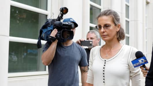 Clare Bronfman, an heiress of the Seagram's liquor empire.