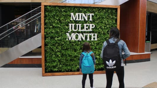 Mint wall at Louisville Muhammad Ali International Airport
