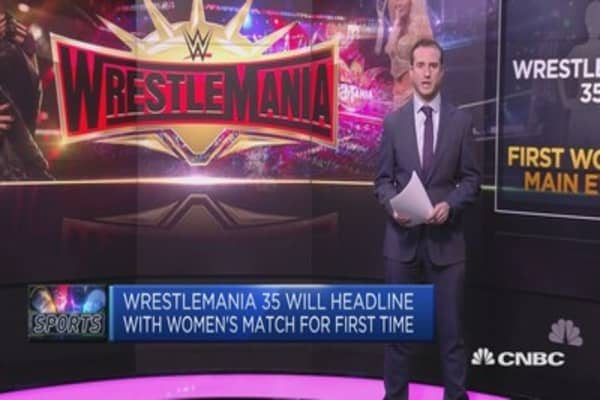 Wrestlemania to host inaugral all-female main event