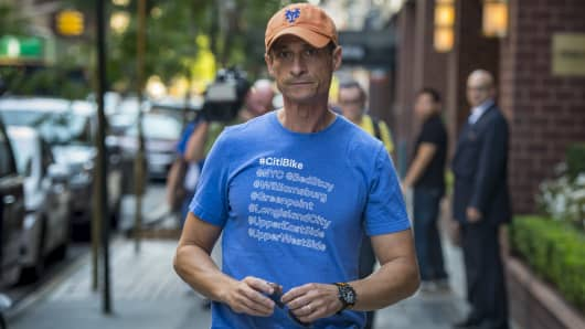 Former US Rep. Anthony Weiner ordered to register as sex offender