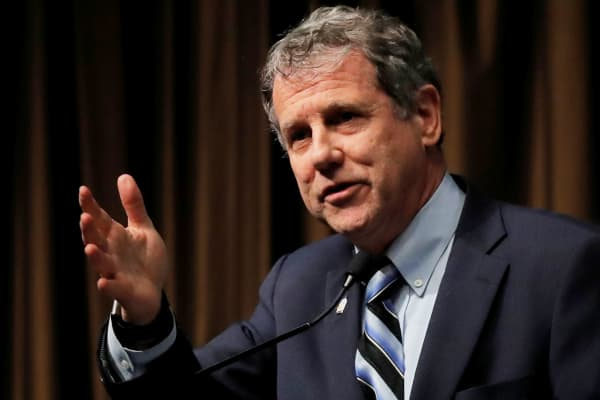 Sen. Sherrod Brown: Can't allow Facebook's 'Libra' without oversight