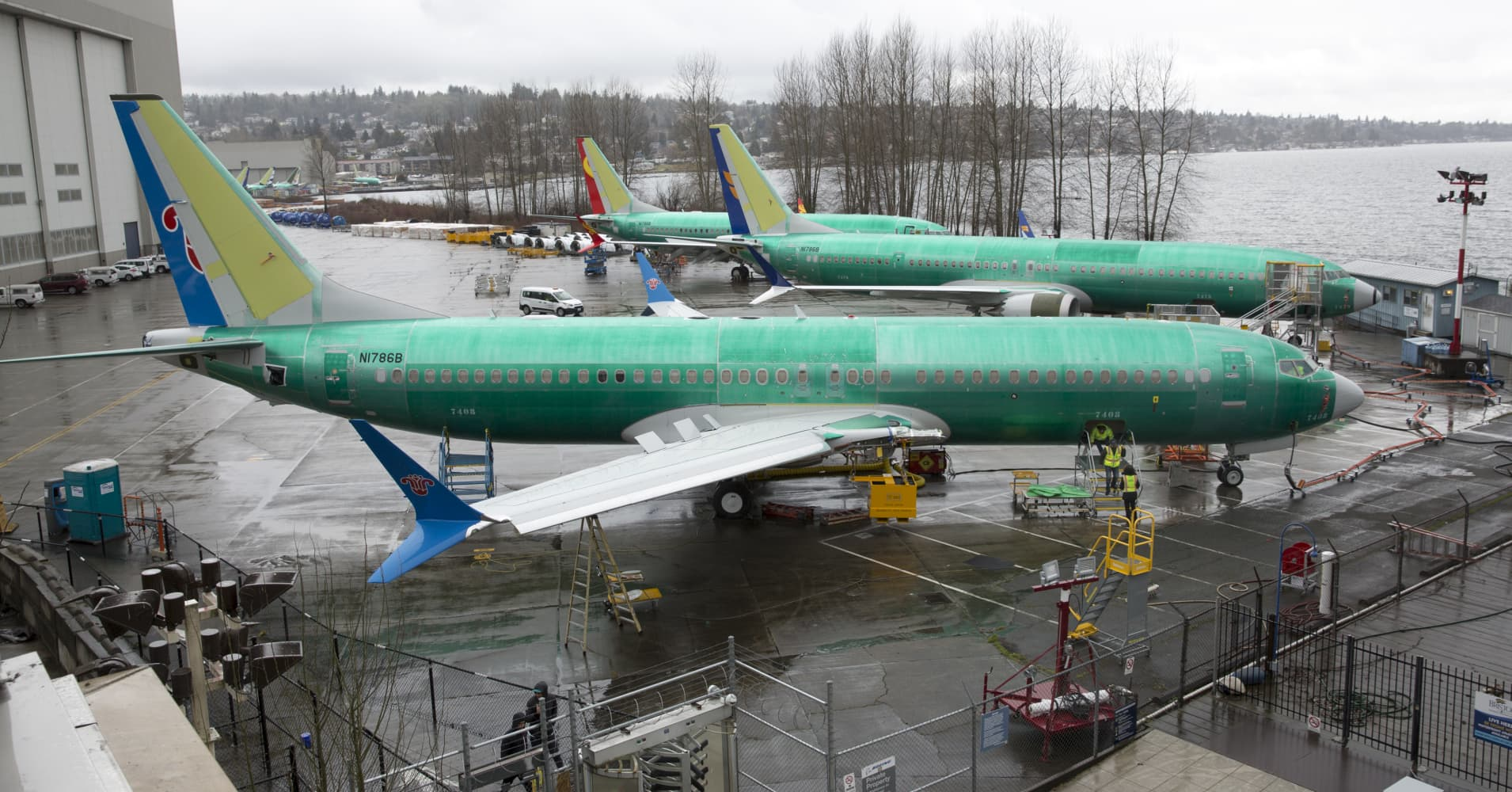 Boeing first-quarter deliveries and orders sink after 737 Max groundings