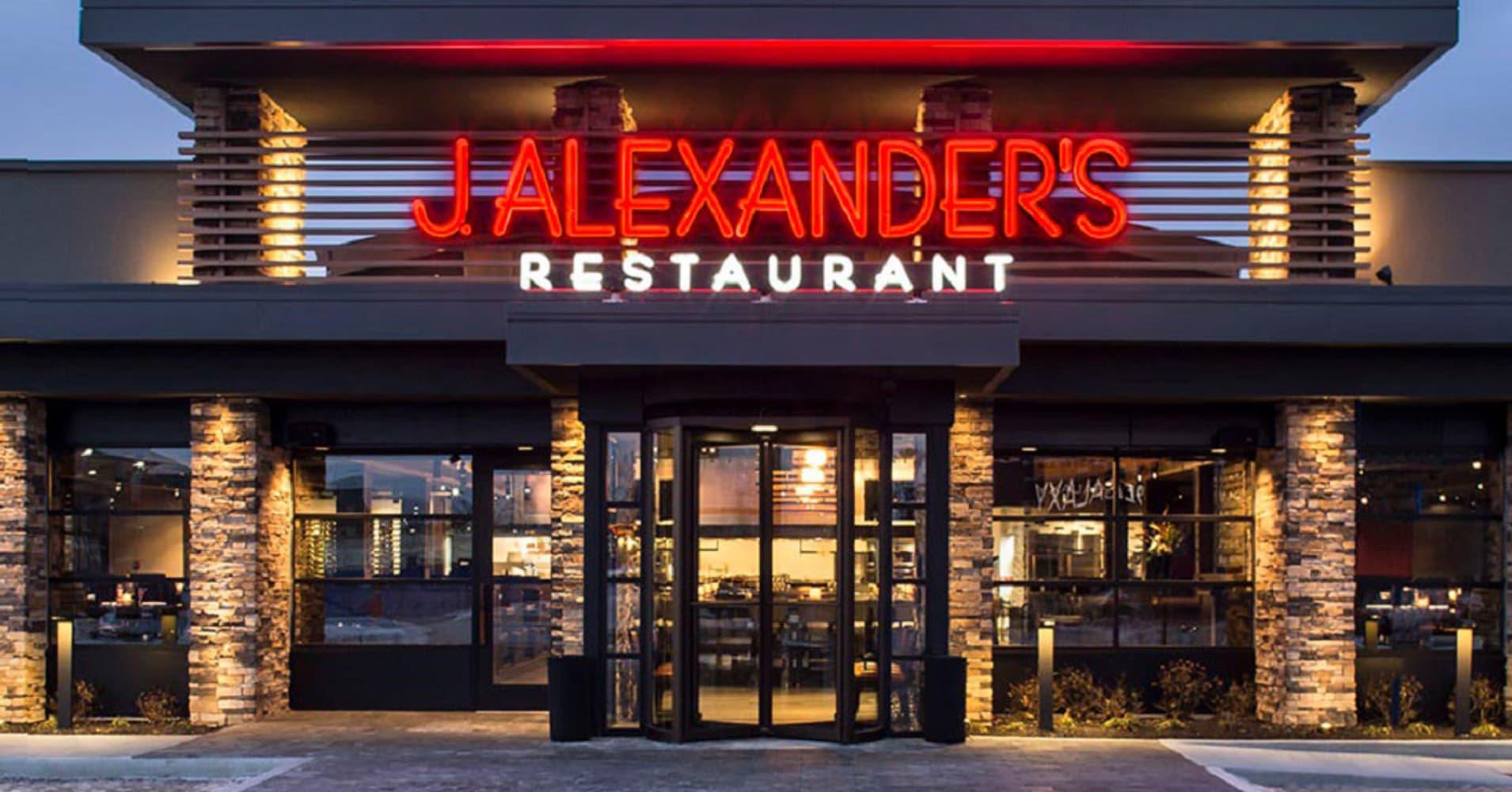 Activist investor Ancora rebukes restaurant chain for 'inane' decision to reject takeover bid