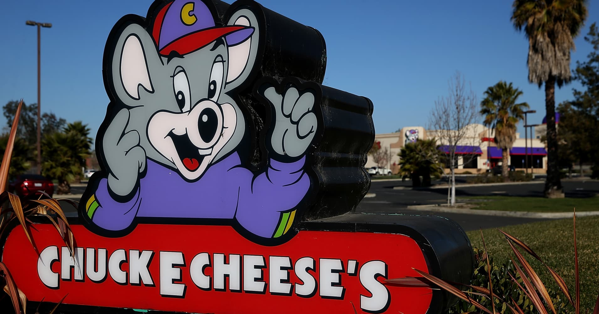 Chuck E. Cheese's parent is going public again