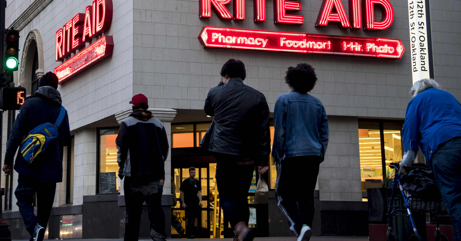 Rite Aid posts a mixed fourth quarter, gives weak full-year forecast