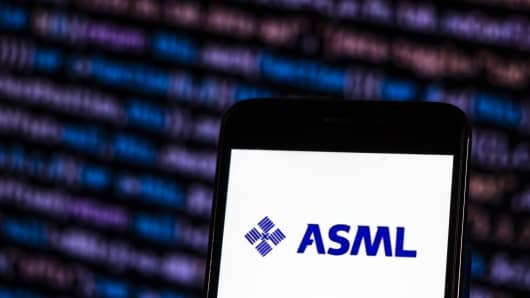 ASML Holding Semiconductor company logo seen displayed on smart phone. ASML is a Dutch company and currently the largest supplier in the world of photolithography systems for the semiconductor industry. (