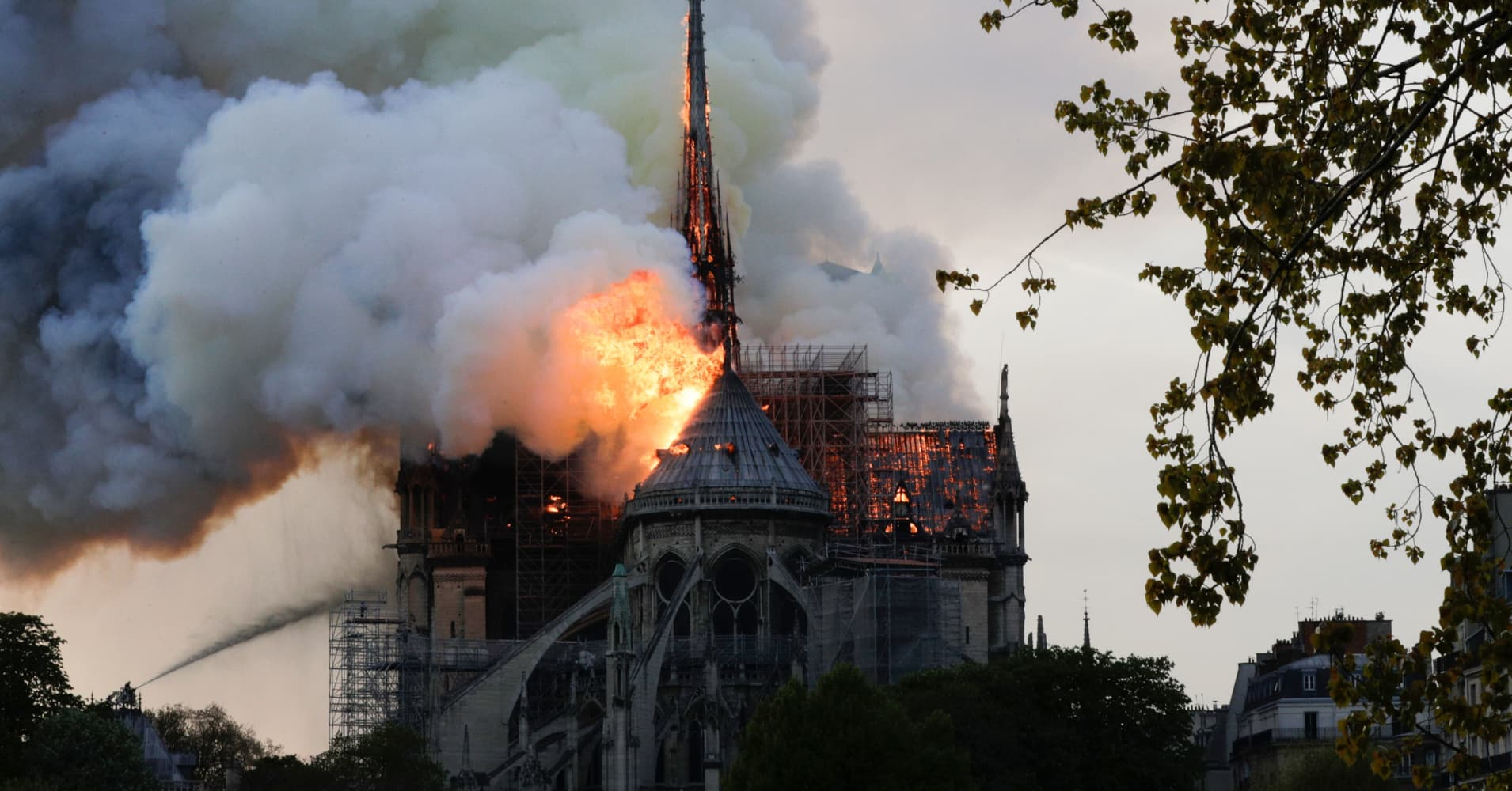 Apple joins French firms in pledging millions to rebuild Notre Dame after fire