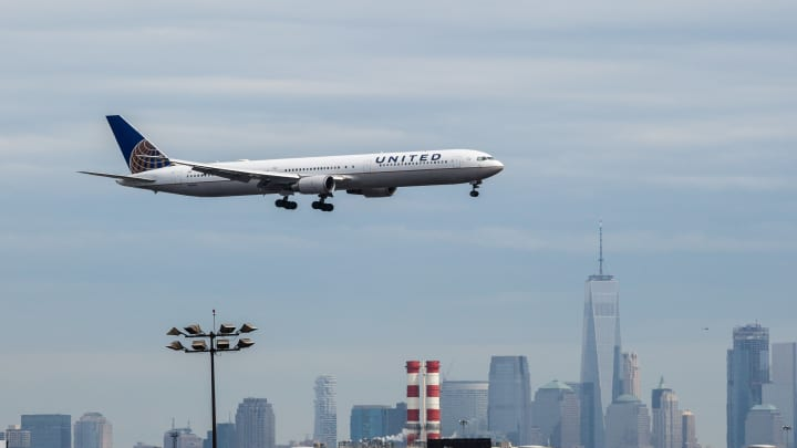 United Airlines shares trade slightly higher following Q2 earnings beat