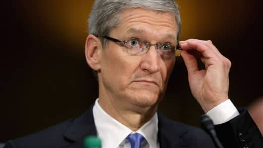 Apple had four terrible options to get the iPhone to 5G, so it went with the least of all evils