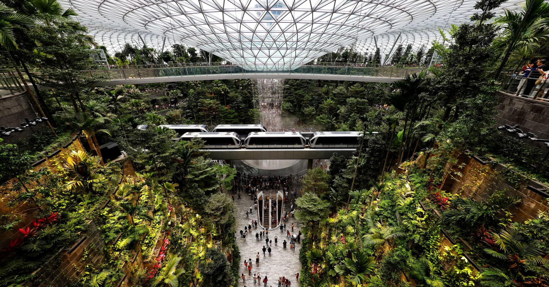 We went inside Singapore airport's new 'Jewel.' Here's what we saw