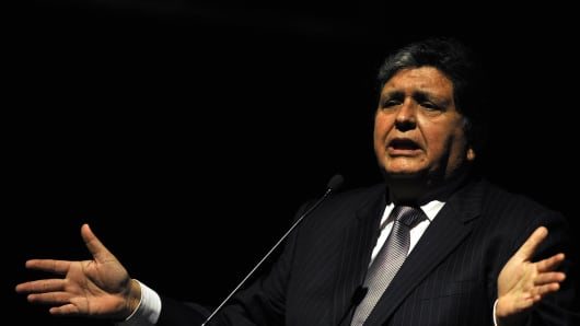 The former president of Peru, Alan Garcia, speaks during the First International Meeting of the Pacific Basin, in Cali, Colombia, on October 5, 2011.