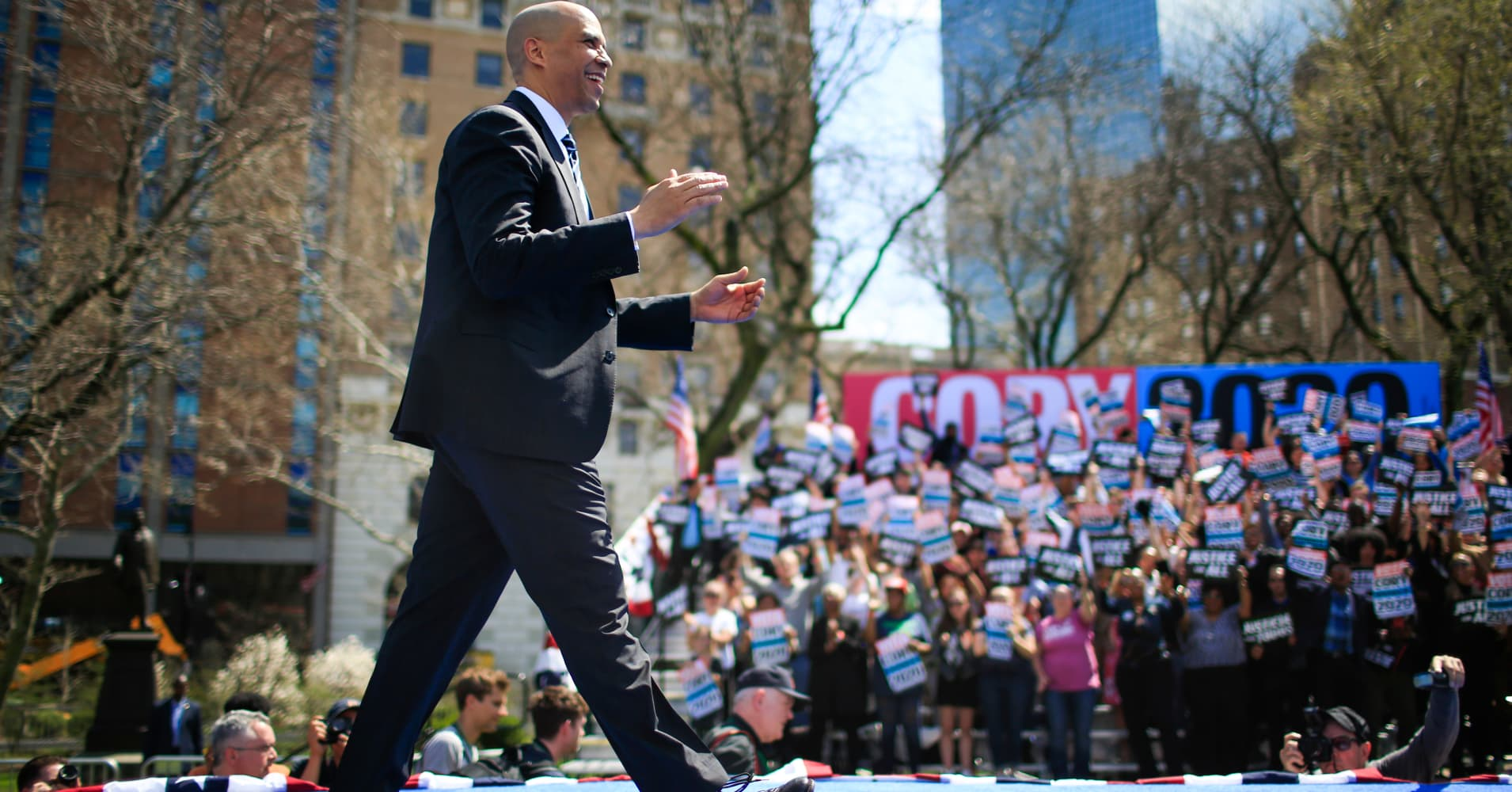 Cory Booker wants to give 'baby bonds' to every newborn. Here's how that would work
