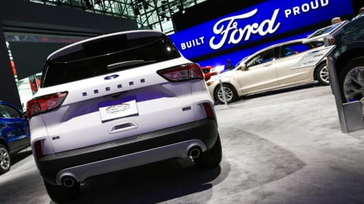 Ford gives relaunched Escape sleek look, refined cabin in bid for car drivers