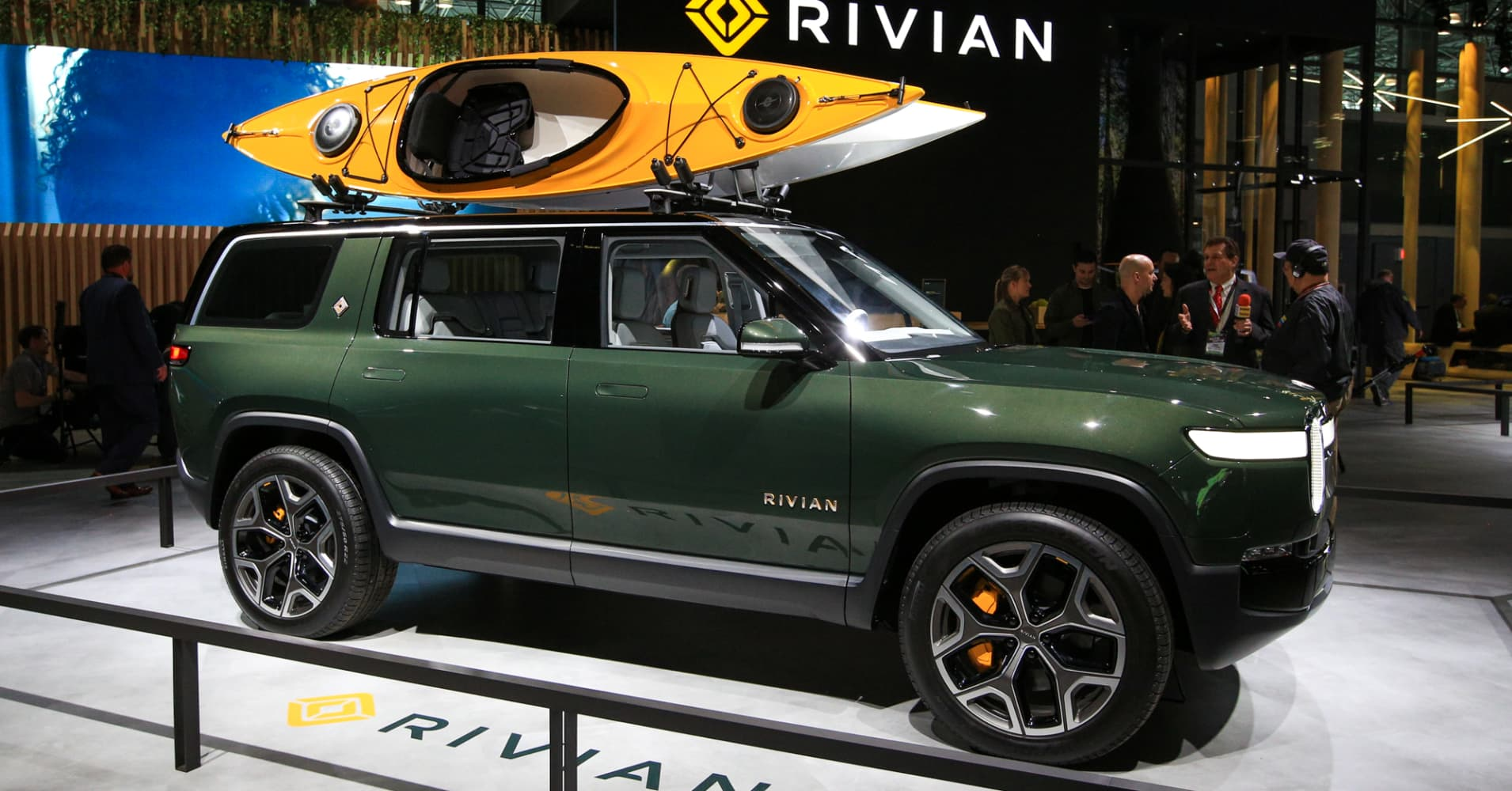 Ford invests $500 million in electric truck maker Rivian