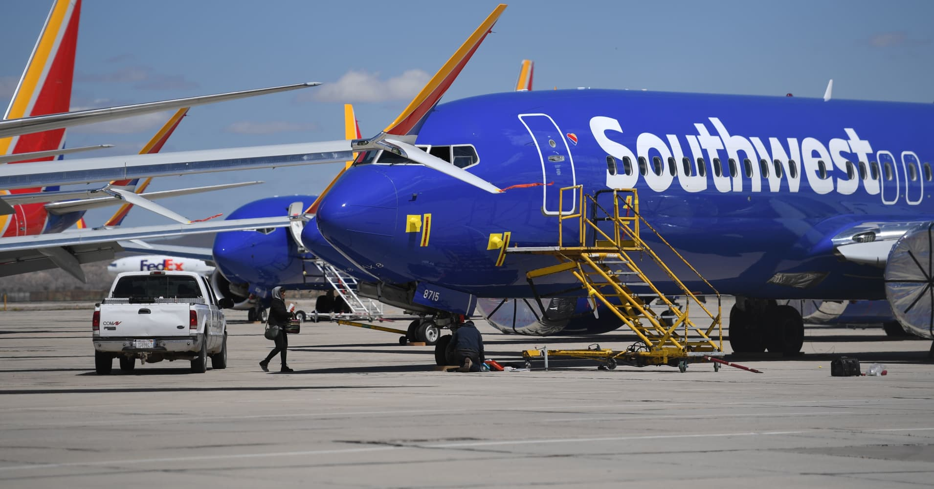 Southwest Airlines first-quarter earnings take a hit from 737 Max groundings, government shutdown