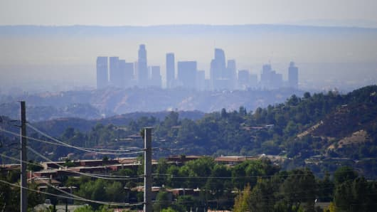 Los Angeles is still the smoggiest US city, report says