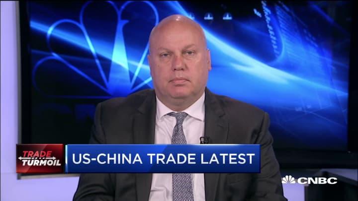 China trade turmoil causes no short term risk, economist says