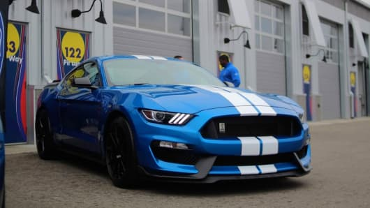 Review: Preview of the Shelby Mustang GT350 is fast and fun
