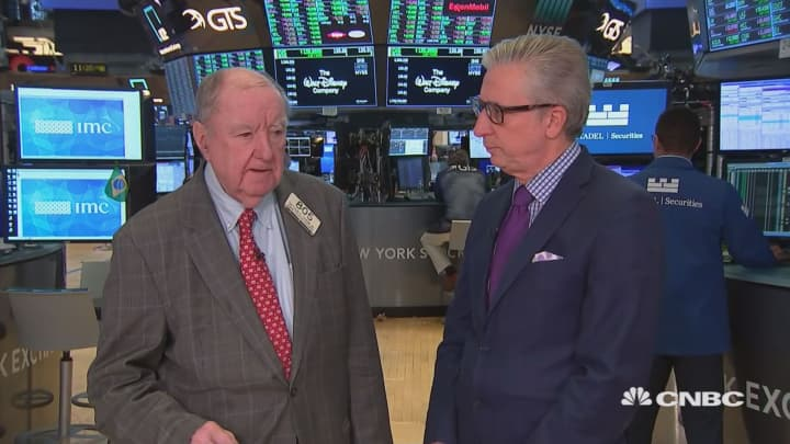 Cashin: Since sell-off, Trump's taken less aggressive posture in trade talks