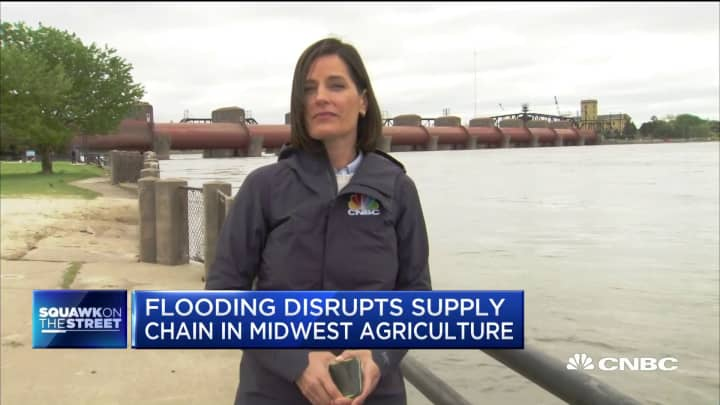 Flooding disrupts Midwestern agricultural supply chain