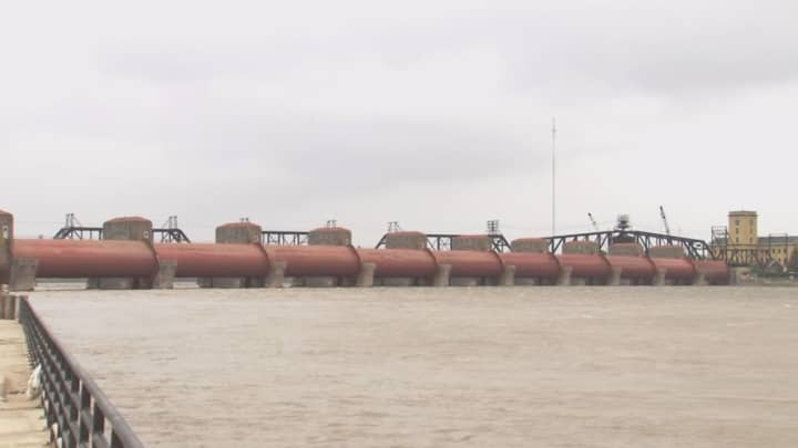 Flooding disrupts midwestern supply chain