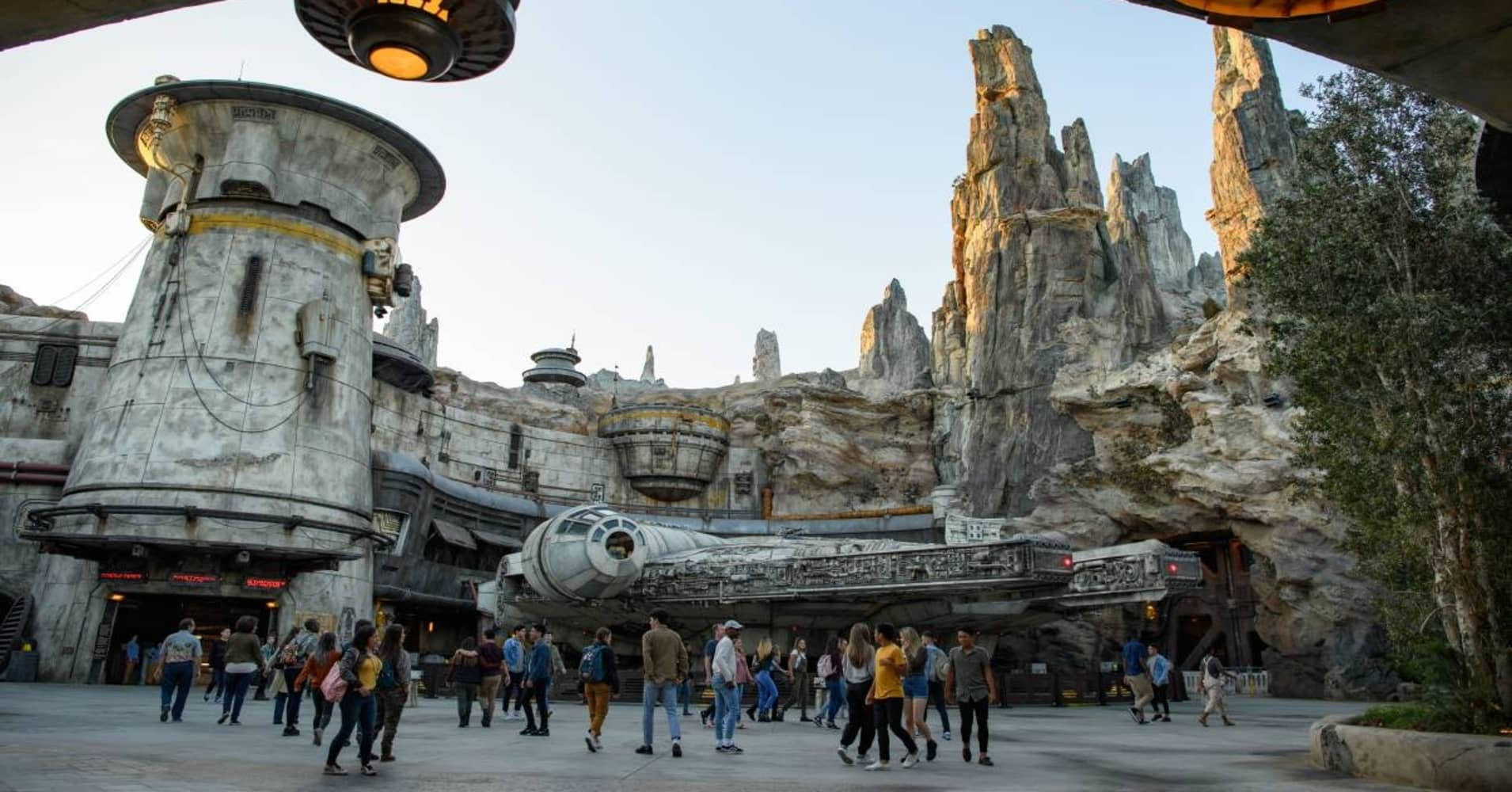 Here's an inside look at Disney's new Star Wars theme park — Galaxy's Edge