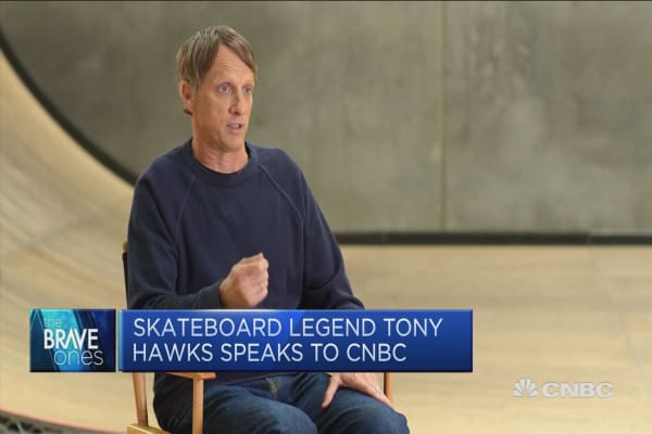 Tony Hawk on making skateboarding a 'genuine career' at the age of 16 thumbnail