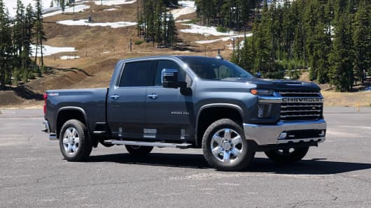 New Chevy Truck >> Chevy Is Working On What Could Be The First Pickup To Top 100 000