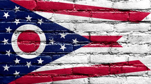 Ohio State Flag painted on brick wall