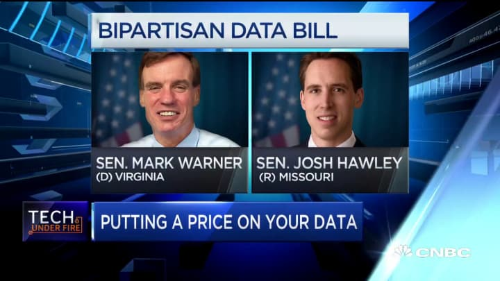 Bipartisan data bill will put a price tag on user data