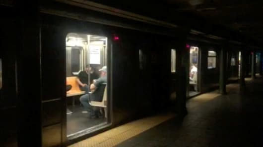 Power restored in Manhattan after blackout left 70,000 customers in