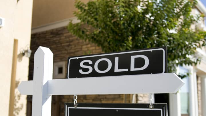 Recession fears could lead to some harsh realities in the house flipping market