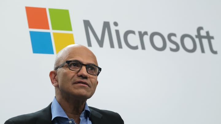 Microsoft raises dividend by 11%, announces $40B buyback: Josh Lipton