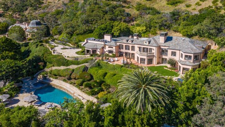 Inside Kelsey Grammer's former Malibu mansion listed for $19.95 million