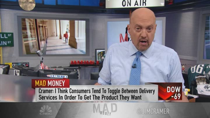 Amazon is exiting food delivery, but that doesn't make GrubHub a good buy, Jim Cramer says