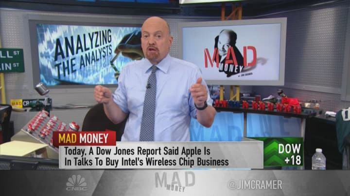 Ahead of earnings, Morgan Stanley's bullish call on Apple defies conventional wisdom, Jim Cramer says